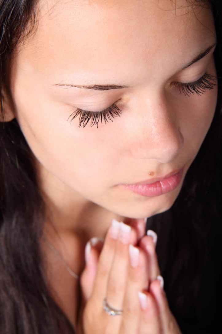 girl-praying-hands-eyelashes-41942.jpeg